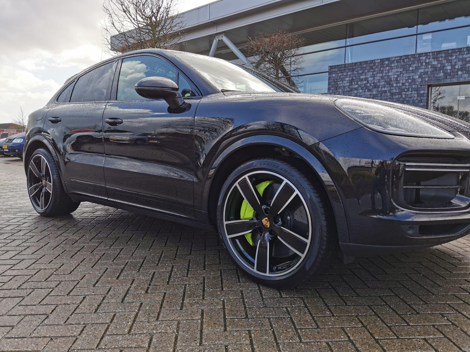 Porsche_Cayenne_3