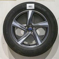 Set Volvo  18 inch velgen met  banden